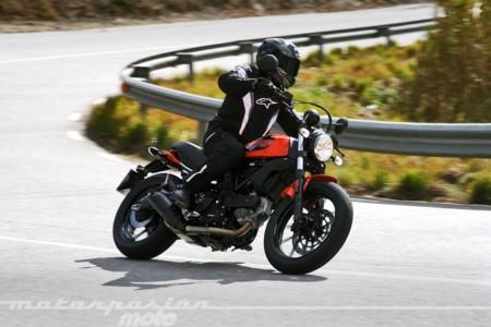 Scrambler Ducati Sixty2 028