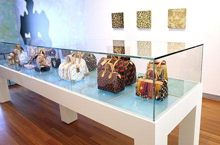 Louis Vuitton combate la venta callejera con venta callejera