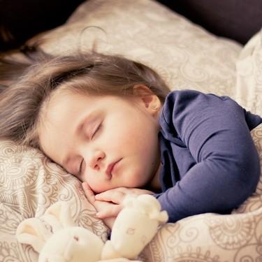 Bruxismo infantil: por qué mi hijo aprieta y rechina los dientes mientras duerme, y qué consecuencias tiene