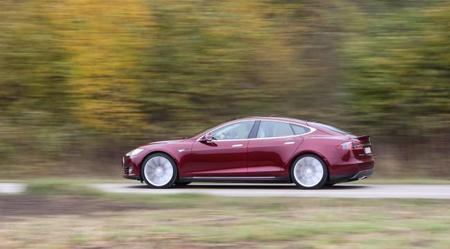 Tesla ya produce los Model S a máxima capacidad