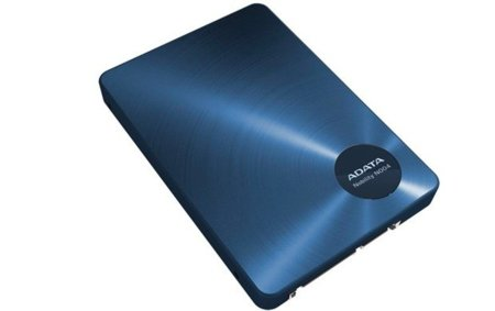 Adata presenta el N004, un curioso SSD híbrido con SATA y USB 3.0