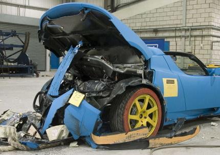 Crash-test del Tesla Roadster