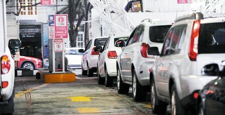 Pese a semáforo rojo, verificentros y programa de Verificación Vehicular continúan operando en CDMX