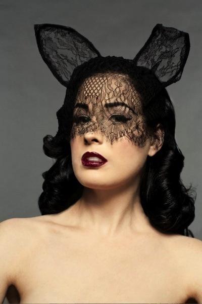 Dita Von Teese no quiere espantapájaros escurridos como modelos: ¡ya era hora!