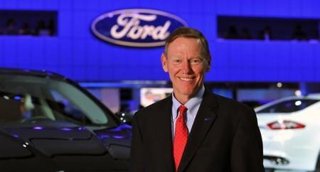 Alan Mulally, CEO de Ford, el favorito para sustituir a Steve Ballmer
