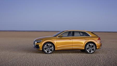 Audi Q8 2019 009