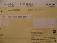 ¿Es posible emitir un abono de una factura de servicios?