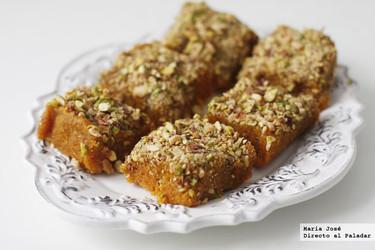 Gajar barfi o dulce de zanahoria. Receta de postre hindú