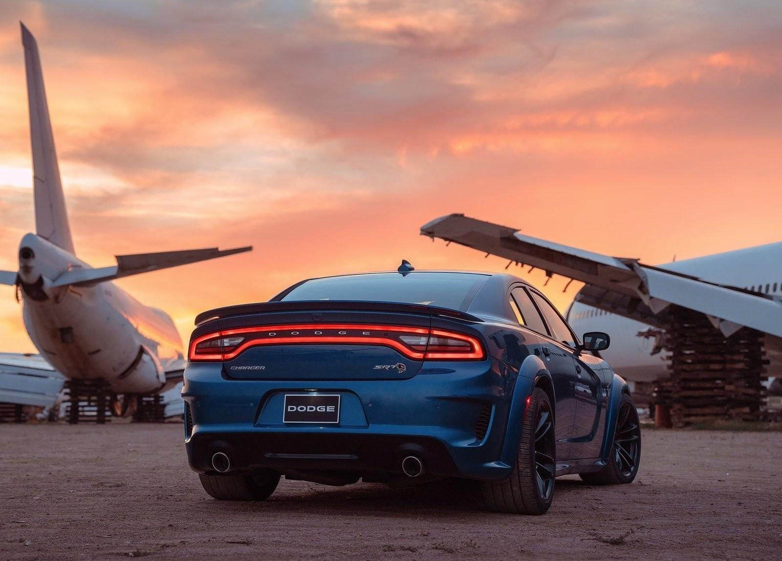 Foto de Dodge Charger SRT Hellcat Widebody 2019 (25/26)