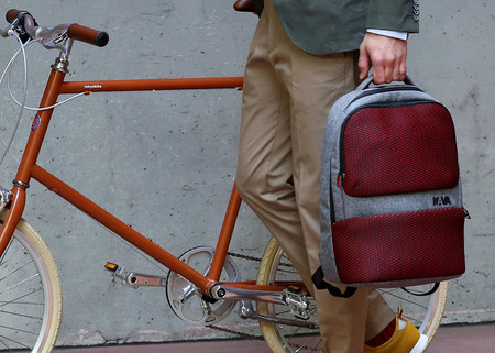 La firma milanesa NAVA Design presenta la mochila Traffic