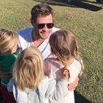 ¿Acaso el pelo largo es solo de niñas? Critican a Elsa Pataky y Chris Hemsworth porque sus hijos varones llevan melena