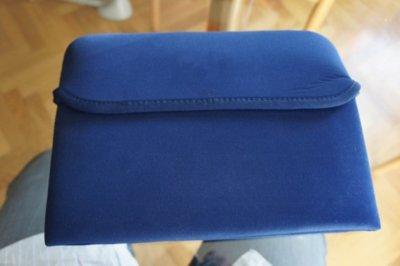 Cómo convertir fácilmente una funda de neopreno de portátil en una funda para iPad