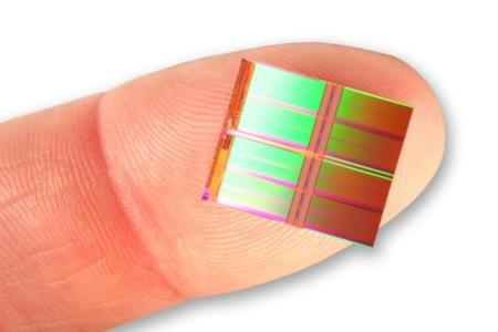 Intel SSD die