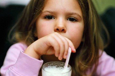Especial Alimentación infantil: recetas de batidos caseros para madres preocupadas (I)
