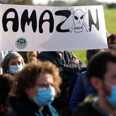 Amazon va a repartir $500 millones entre sus empleados por Navidad. Sigue siendo calderilla