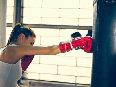 ¿Qué material necesitas para comenzar a practicar kickboxing?