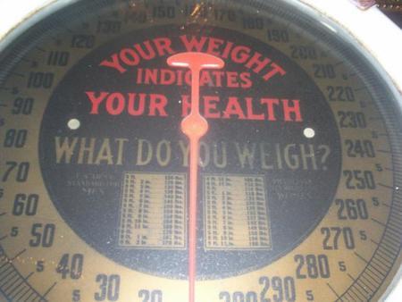 Para no subir de peso, debes de pesarte al menos una vez a la semana