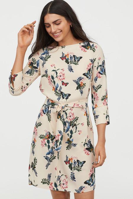 15 vestidos de H&M por menos de 30 euros para estrenar en primavera