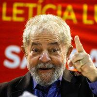 Mientras Lula entra en la cárcel, Brasil se asoma al golpe de estado a través de un tuit