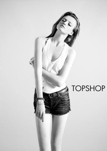 TopShop, colección Denim Primavera-Verano 2010: el vaquero de la mujer joven