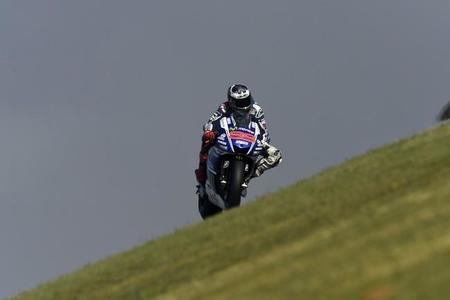 MotoGP Aragón 2014: Jorge Lorenzo gana una carrera de estrategia y locura