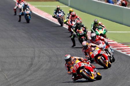 MotoGP llega a La Catedral del motociclismo envuelta en un halo de irregularidad