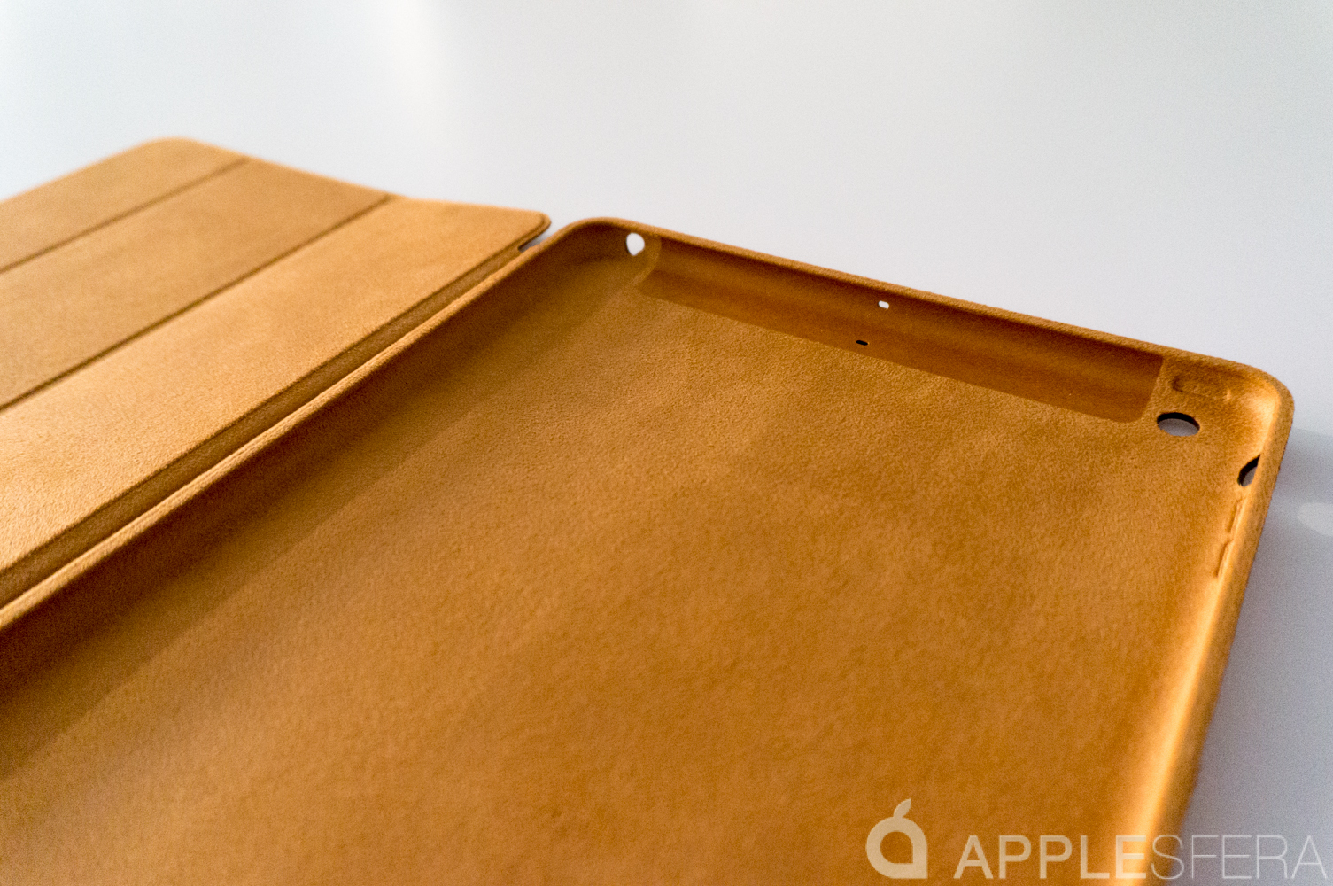 Foto de Así es la Smart Cover del iPad Air (3/16)
