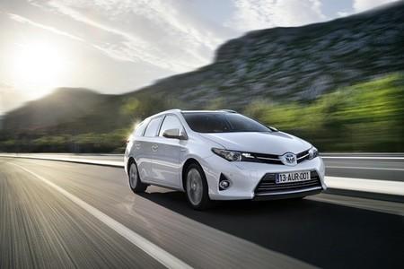 Nuevo Toyota Auris Touring Sports, el primer wagon híbrido del segmento C