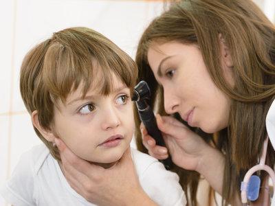 El 90 por ciento de los niños sufre un episodio de otitis antes de los cinco años
