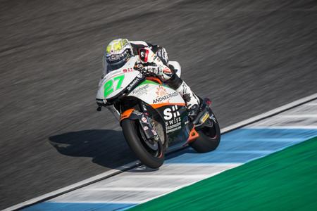 Iker Lecuona, el benjamín de Moto2 sorprende a Pecco Bagnaia en los libres