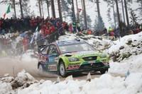 Los Ford aprovechan el revolcón de Sébastien Loeb en Suecia