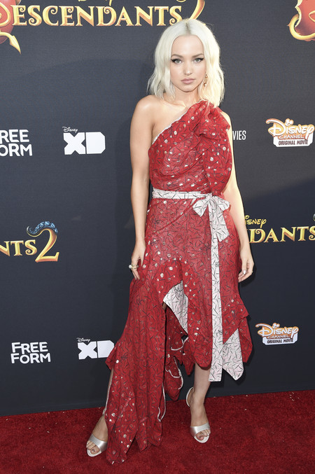 dove cameron look estilismo outfit descendants 2