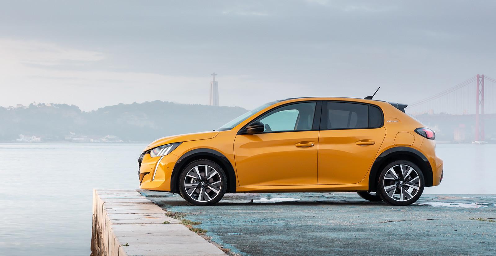 Foto de Peugeot 208 2020 (16/23)