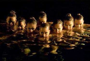 Gemma Mengual y las chicas de natación sincronizada repiten como burbujas