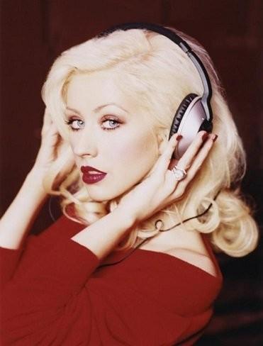 En la casa de Christina Aguilera si caben dos caben tres