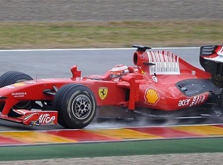 Kimi Raikkonen contento con el nuevo Ferrari