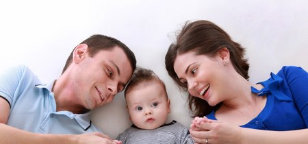 De padres tigre a padres de corral: qué dice la ciencia sobre los estilos de paternidad más populares