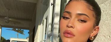 Kylie Jenner sigue jugando a versionar la manicura francesa con resultados de lo más vistosos