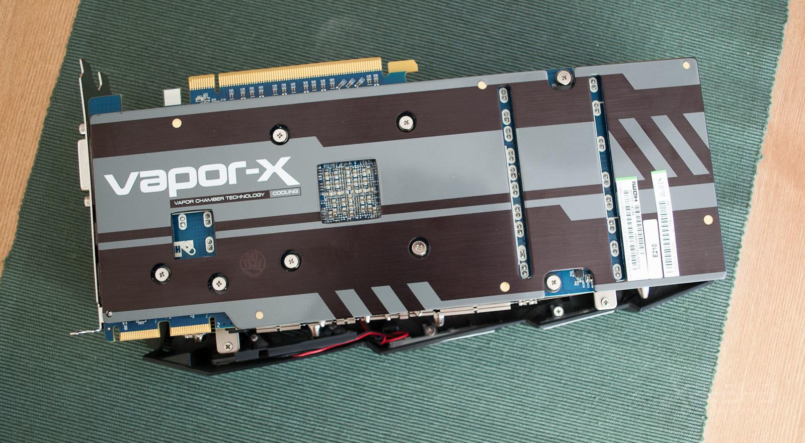 Foto de AMD R9 280X, análisis (11/14)