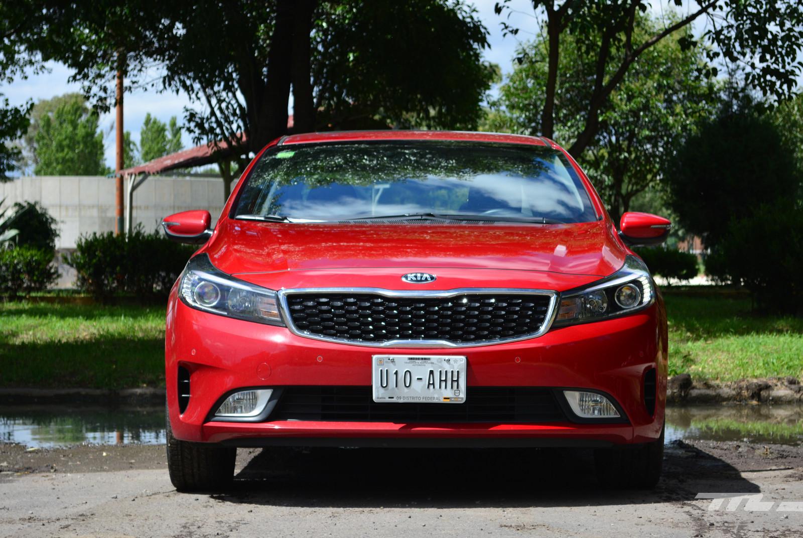 Foto de KIA Forte Sedan (prueba) (2/18)