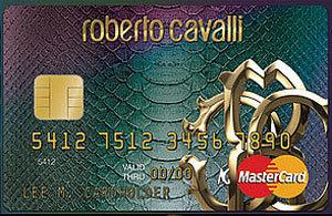 Roberto Cavalli diseña una tarjeta de crédito