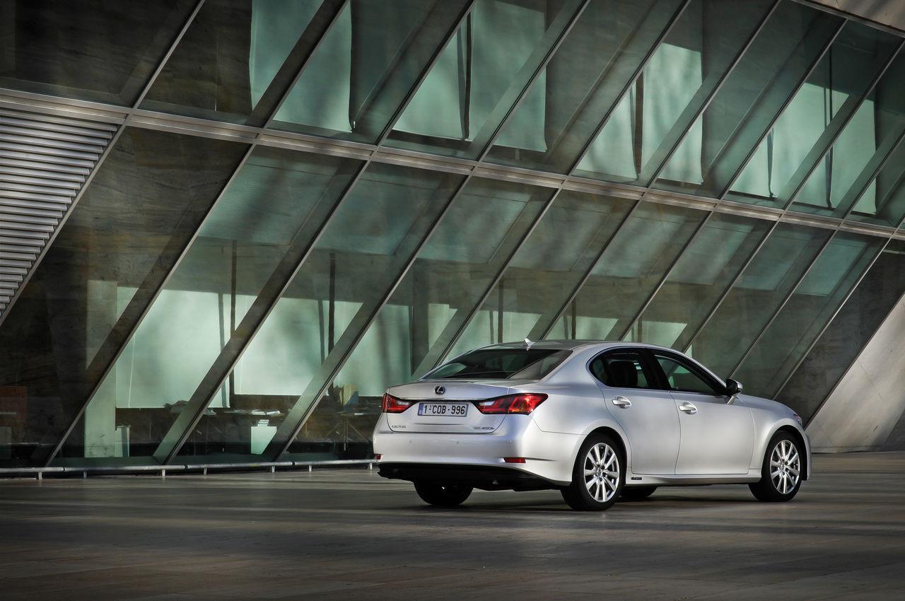 Foto de Lexus GS 450h (2012) (8/62)