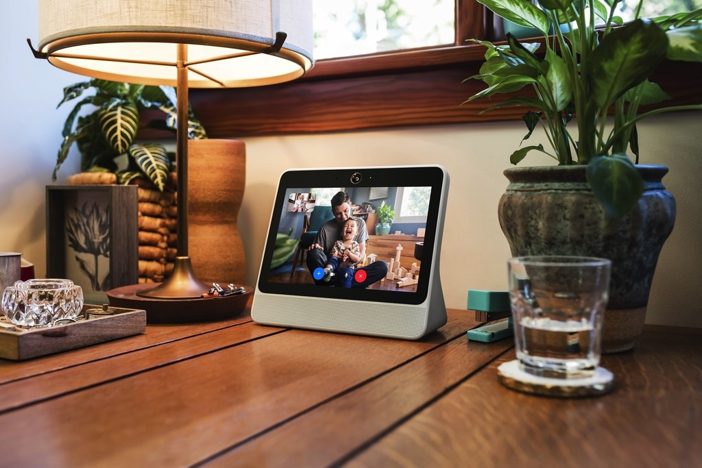 Facebook lanza Portal y Portal+, dos altavoces inteligentes con pantalla y Alexa para competir con Amazon y Google#source%3Dgooglier%2Ecom#https%3A%2F%2Fgooglier%2Ecom%2Fpage%2F%2F10000