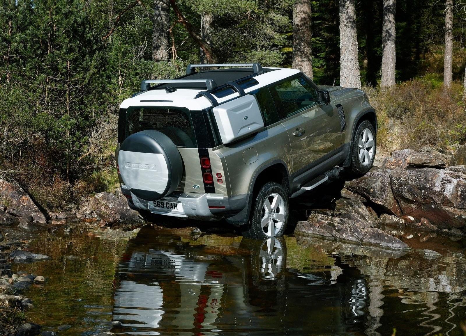 Foto de Land Rover Defender 2020 (42/60)