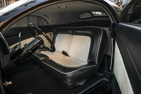 Lincoln Zephyr Scrape interior