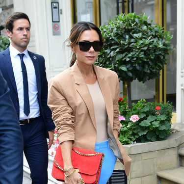 Los pantalones más buscados y casi agotados  de Victoria Beckham ya están en Zara y valen sólo 19,99 euros