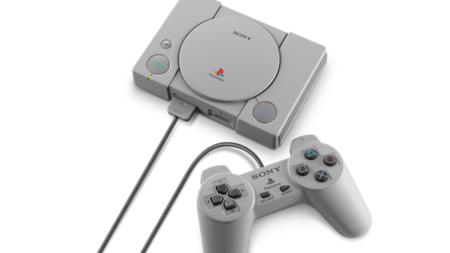Consola retro Sony PlayStation Classic, con 20 juegos y dos mandos, por 49,50 euros