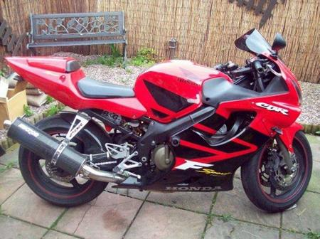 Honda_CBR_600_F_2001-2002