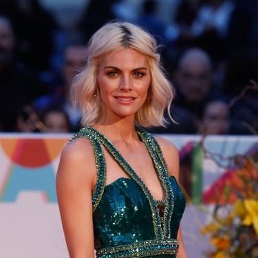 Las actrices lo dan todo en la alfombra roja de clausura del Festival de Málaga (con patinazos incluidos)