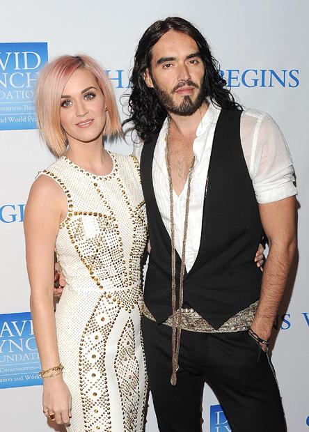 Katy Perry pasa de Russell Brand... ¡hasta en Twitter!